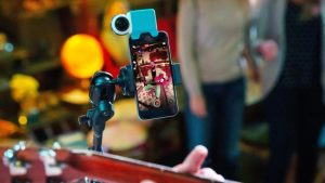 giroptic io 360 camera for iphone 1 300x169 راهنمای خرید هدست های واقعیت مجازی